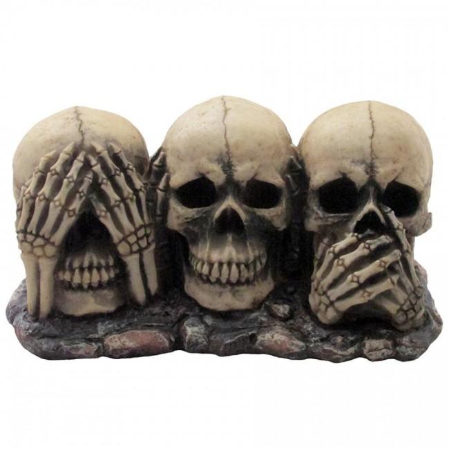 02 scary skeleton trio