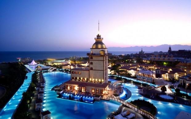 08 mardan palace pool