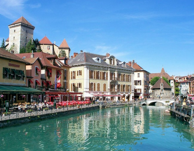 10 annecy