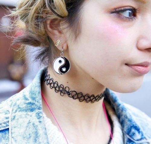 31 choker necklace
