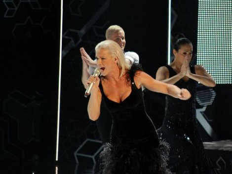 http://www.everythingmixed.com/wp-content/uploads/4Malena-Ernman-470x352.jpg