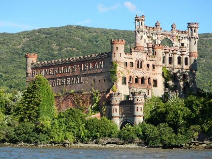 amazing abandoned places 11
