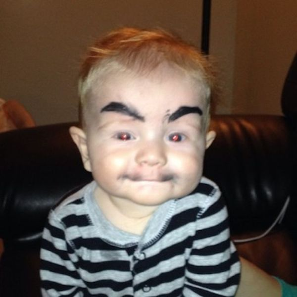 babies with eyebrows 14