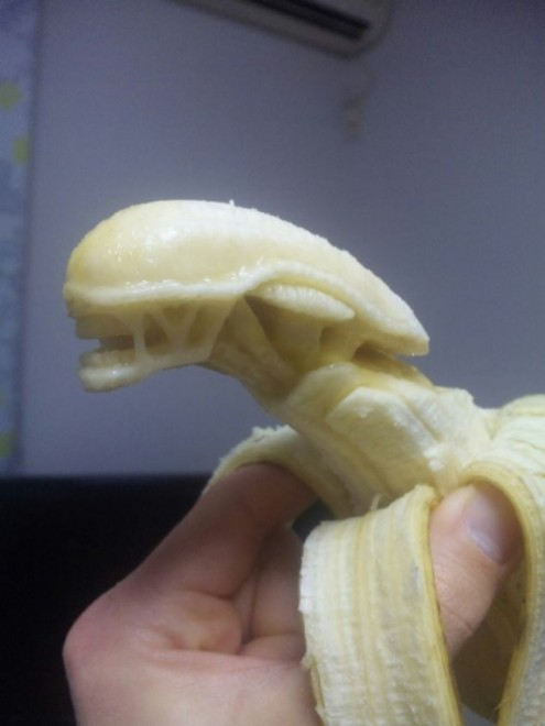 banana sculpture 15