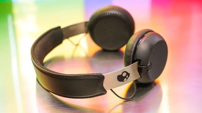 Everything Mixed 5 Best Bluetooth Headphones for Less Than ...