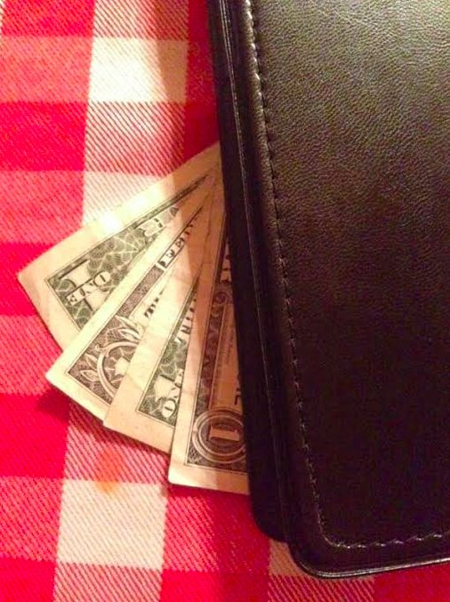 This Might Be the Meanest Restaurant Tip Prank (But You Have to Try It)