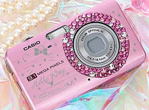 Photo of Hello Kitty Camera Brings the Bling to Your Pixels