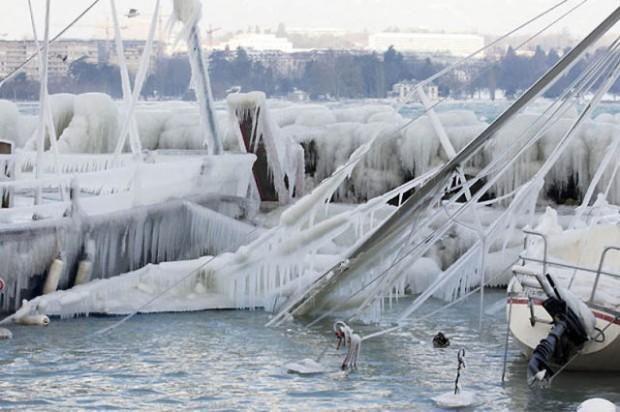ice city versoix switzerland 06