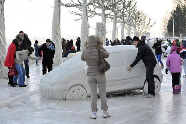 ice city versoix switzerland 09