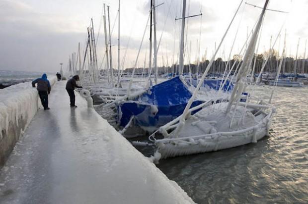 ice city versoix switzerland 17