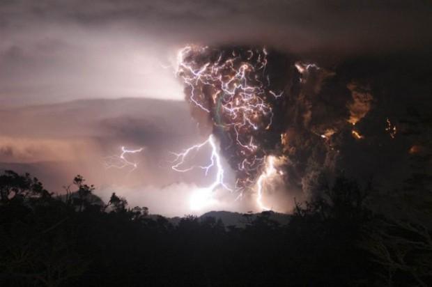 lightning 04
