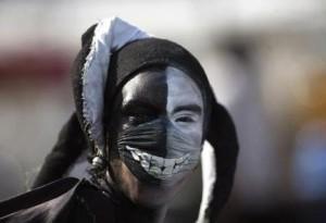 swine-flu-designer-mask3